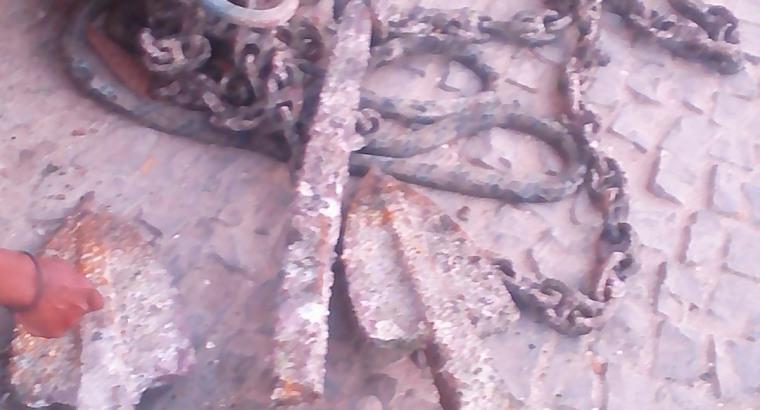 Ferro fundia barco